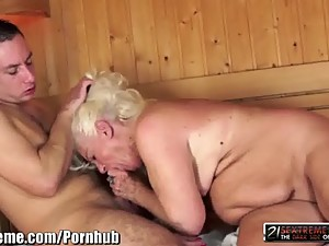 21Sextreme Granny Blows him in the Sauna..