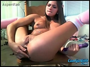 creampiegirls.webcam - babe plays toy..