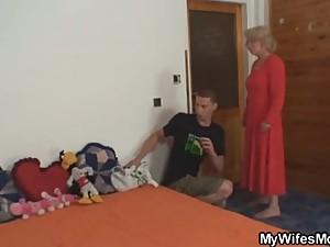 www.xxxfuss.com She fucks her son in law..