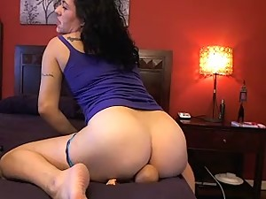 ass smothered son