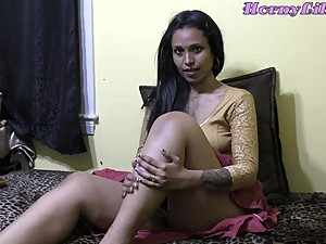 Horny Lily - Bhabhi Roleplay in Hindi..