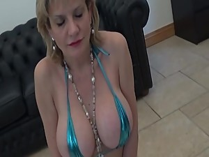 LADY SONIA British Milf blowjobs to..