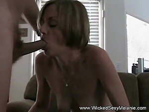 Amateur GILF Is A True Cumslut